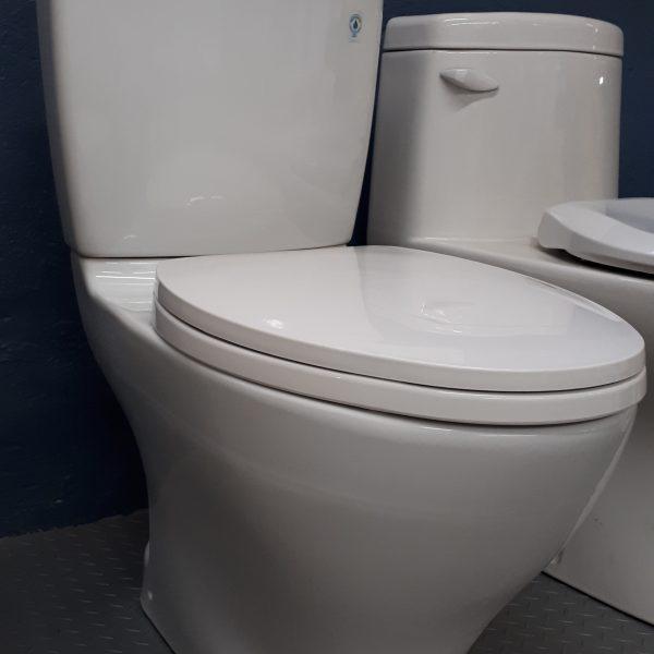 Toilette Toto Aquia II *livraison gratuite!* - J.A. Desmarteau